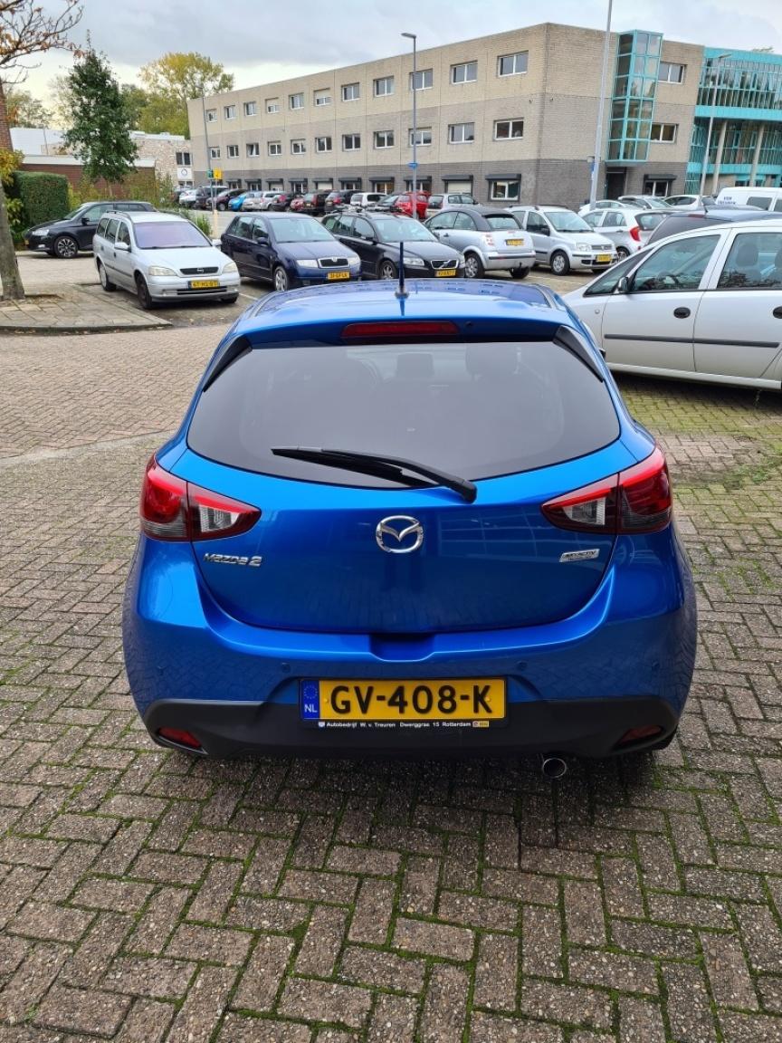Mazda-2-2