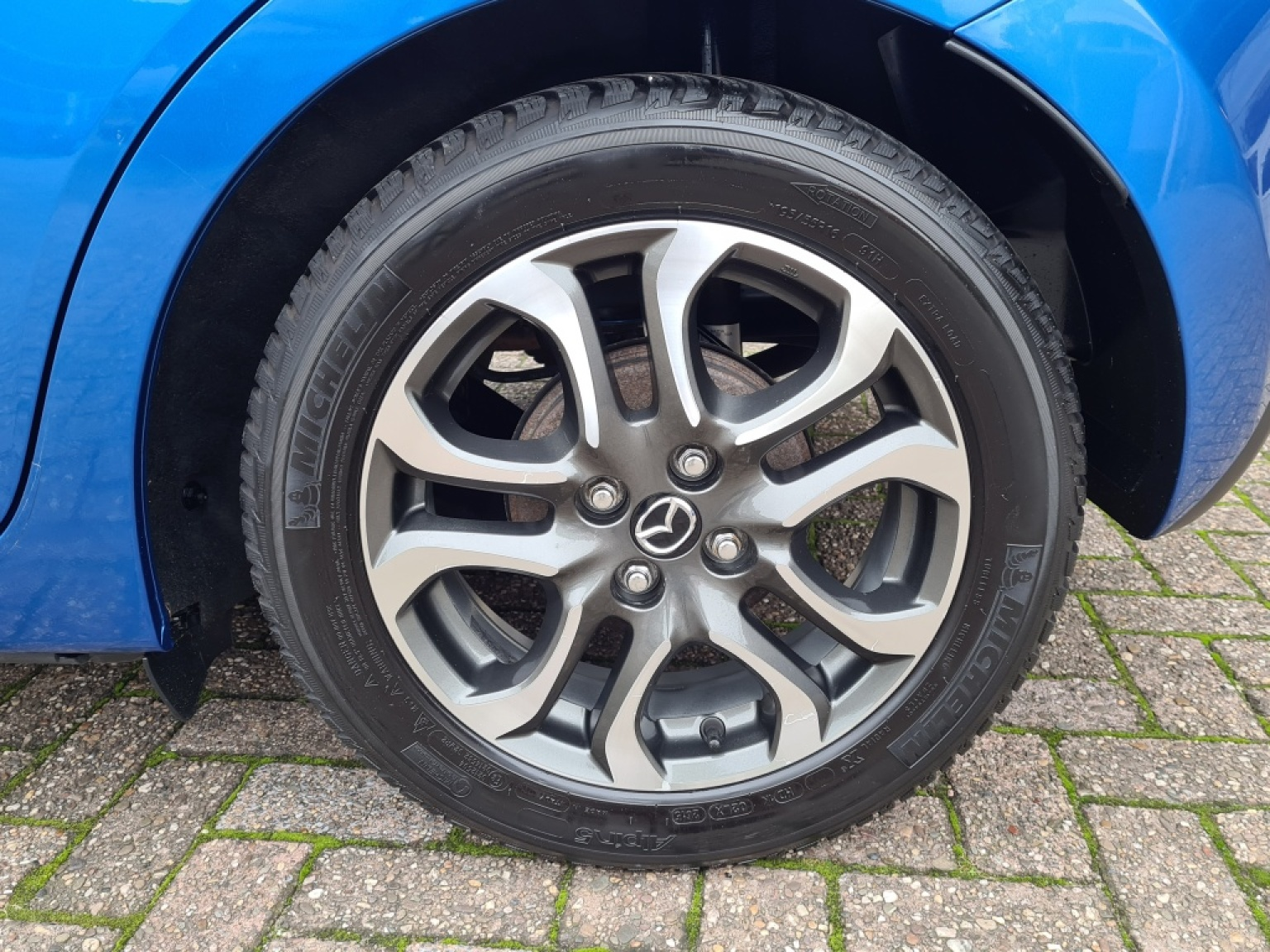 Mazda-2-5