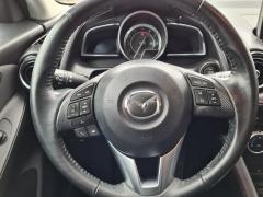 Mazda-2-8